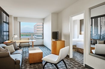 Hotel - Renaissance Chicago O'Hare Suites Hotel