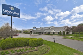 Boarders Inn & Suites by Cobblestone Hotels - Faribault