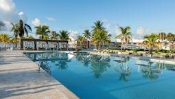 Viva Wyndham Fortuna Beach Resort - All Inclusive