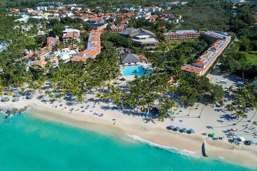 . Viva Wyndham Dominicus Palace Resort - All Inclusive