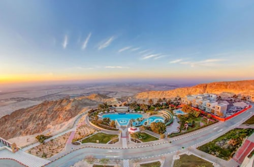 . Mercure Grand Jebel Hafeet Al Ain Hotel