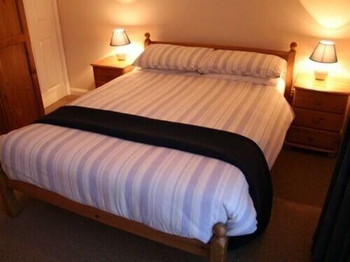 ATZ&H Inn, Lincolnshire