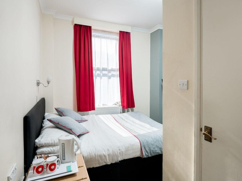 OYO New Dome Hotel, London