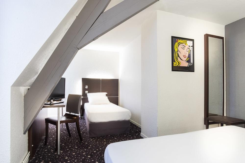 Hotel Rue De Plaisance Paris