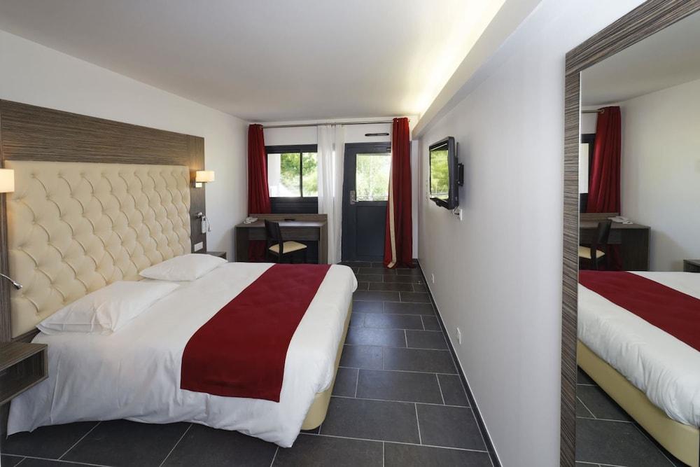 인터-호텔 푸아 오텔 뒤 락(INTER-HOTEL Foix Hôtel du Lac) Hotel Image 17 - Guestroom