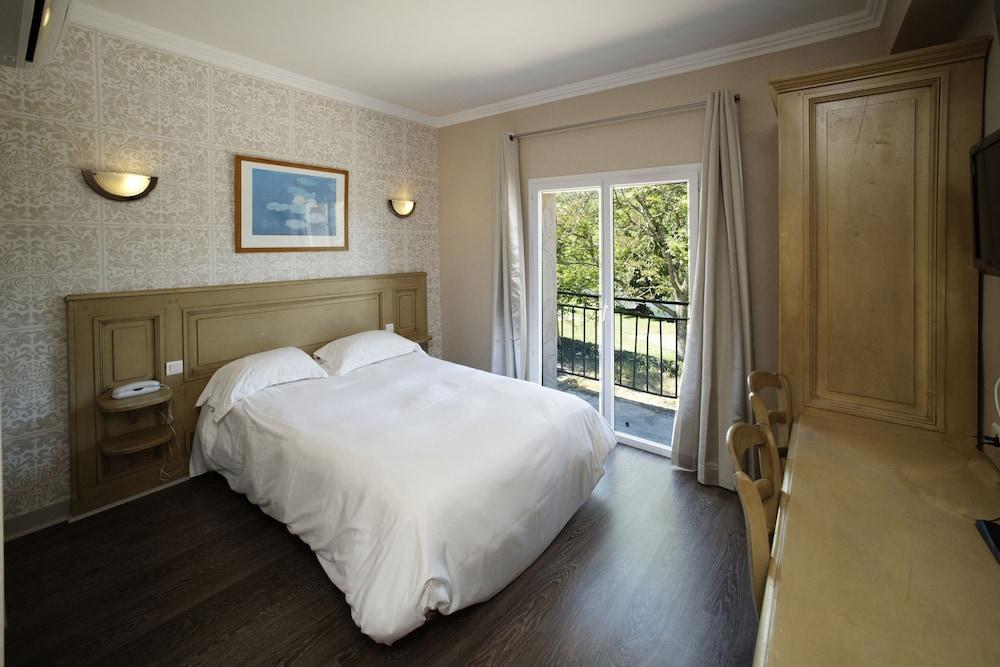 인터-호텔 푸아 오텔 뒤 락(INTER-HOTEL Foix Hôtel du Lac) Hotel Image 4 - Guestroom