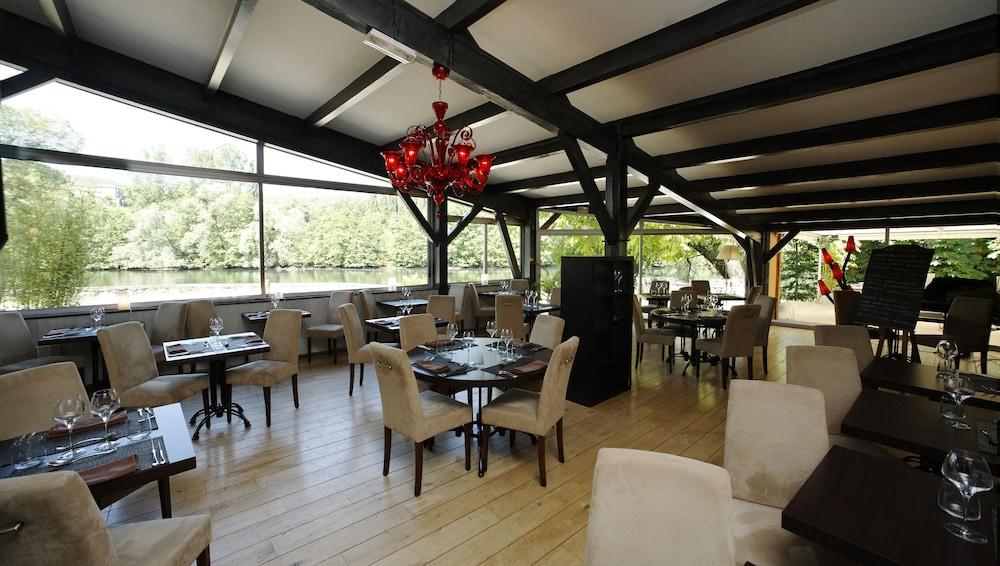 인터-호텔 푸아 오텔 뒤 락(INTER-HOTEL Foix Hôtel du Lac) Hotel Image 30 - Restaurant