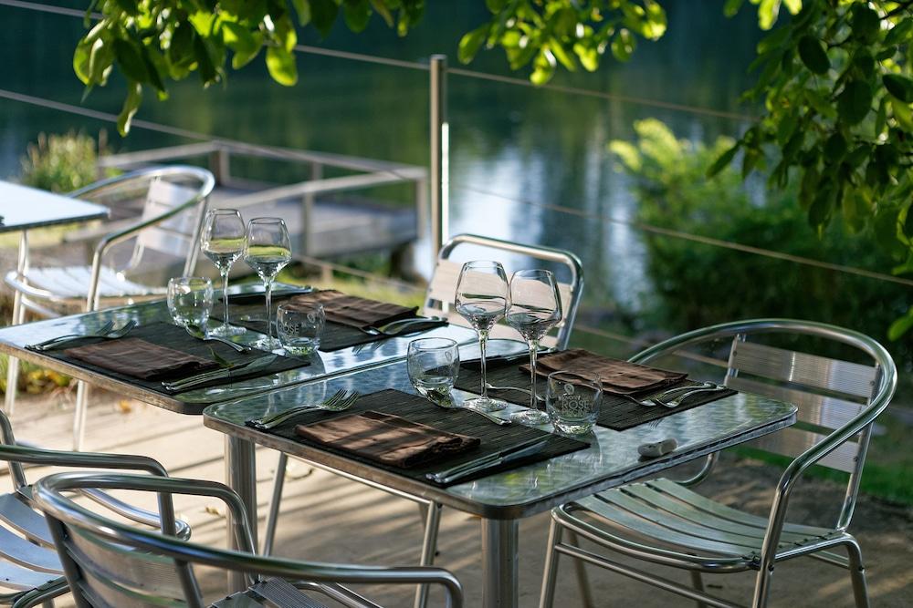 인터-호텔 푸아 오텔 뒤 락(INTER-HOTEL Foix Hôtel du Lac) Hotel Image 46 - Outdoor Dining