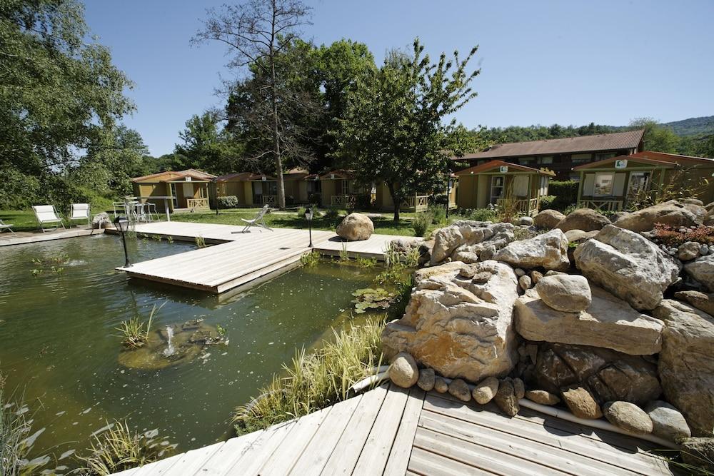 인터-호텔 푸아 오텔 뒤 락(INTER-HOTEL Foix Hôtel du Lac) Hotel Image 29 - Natural Pool