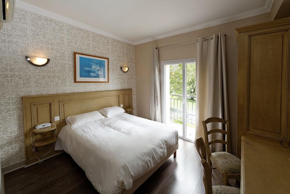 인터-호텔 푸아 오텔 뒤 락(INTER-HOTEL Foix Hôtel du Lac) Hotel Image 23 - Guestroom