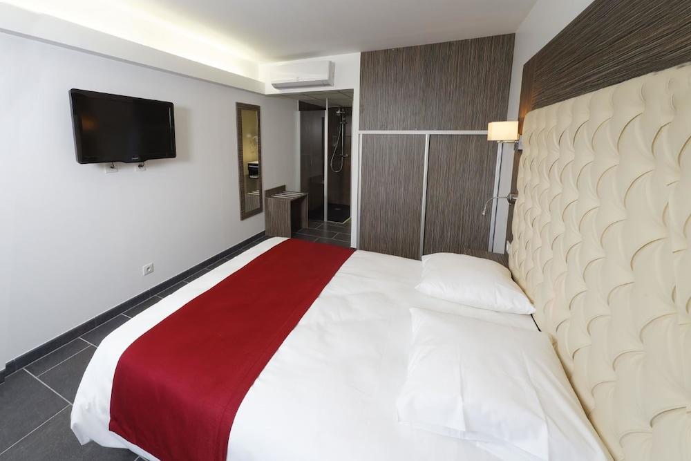 인터-호텔 푸아 오텔 뒤 락(INTER-HOTEL Foix Hôtel du Lac) Hotel Image 7 - Guestroom