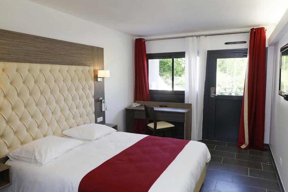 인터-호텔 푸아 오텔 뒤 락(INTER-HOTEL Foix Hôtel du Lac) Hotel Image 18 - Guestroom