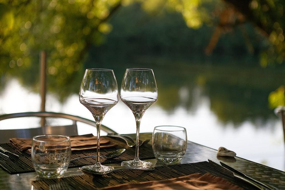 인터-호텔 푸아 오텔 뒤 락(INTER-HOTEL Foix Hôtel du Lac) Hotel Image 45 - Outdoor Dining