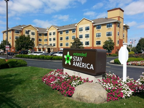 . Extended Stay America New York City - LaGuardia Airport