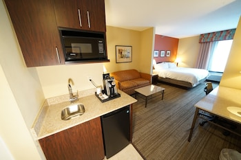 Suite, 1 King Bed, Accessible, Non Smoking (MOBILITY)