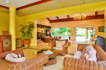 Pearl Farm Davao Lobby Sitting Area