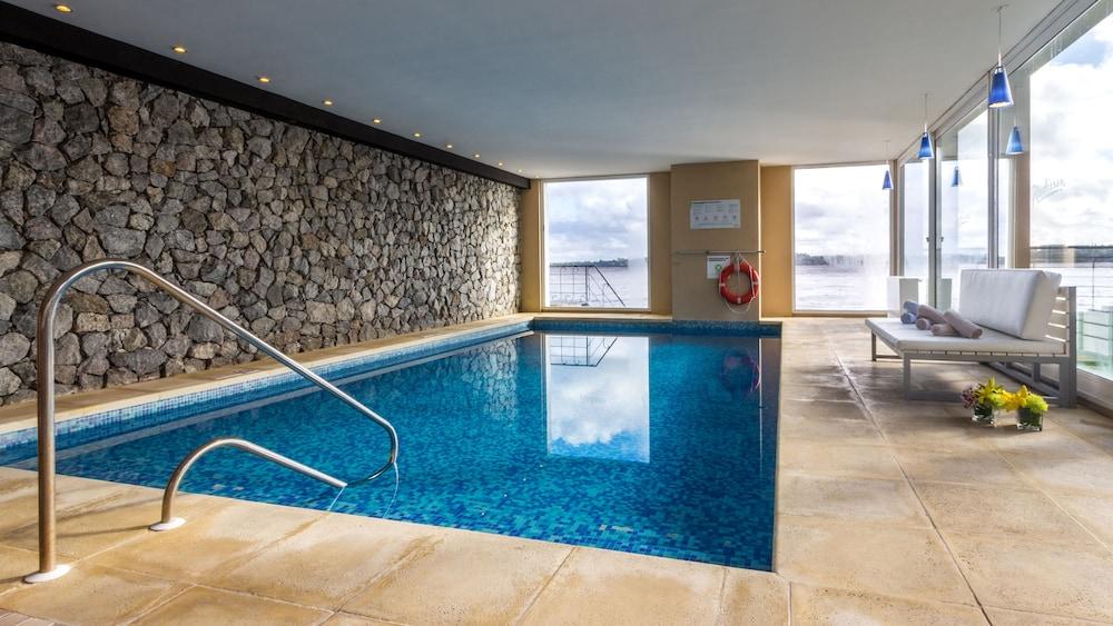 래디슨 호텔 콜로니아 델 사크라멘토(Radisson Hotel Colonia del Sacramento) Hotel Image 24 - Indoor Pool