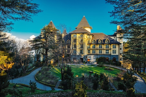 . Wildflower Hall, An Oberoi Resort, Shimla