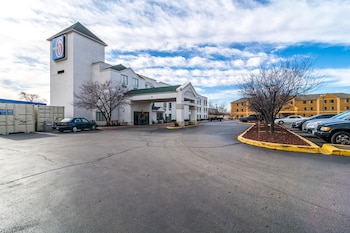 Motel 6 Harvey, IL