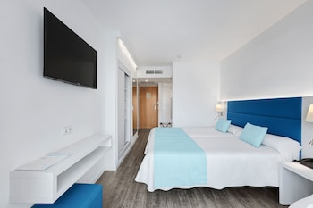 Superior Double Room (2 adults + 1 child)