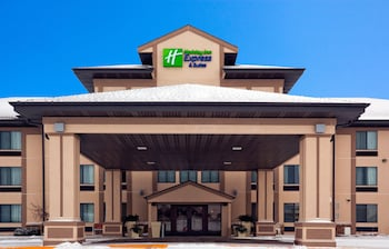 Hotel - Holiday Inn Express & Suites Winner