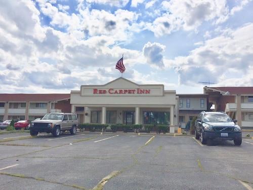 __{offers.Best_flights}__ Red Carpet Inn Great Lakes