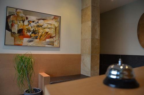 . Hotel Pax