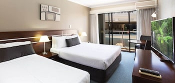 Guestroom at Riverside Hotel Southbank in South Brisbane