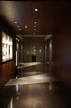 PARK HOTEL TOKYO Interior Entrance