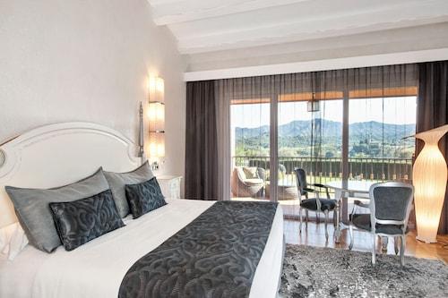 . Sallés Hotel Mas Tapiolas