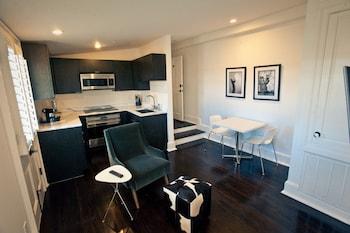 Studio, 1 Bedroom, Kitchen