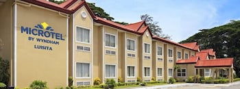 Microtel By Wyndham Tarlac Exterior