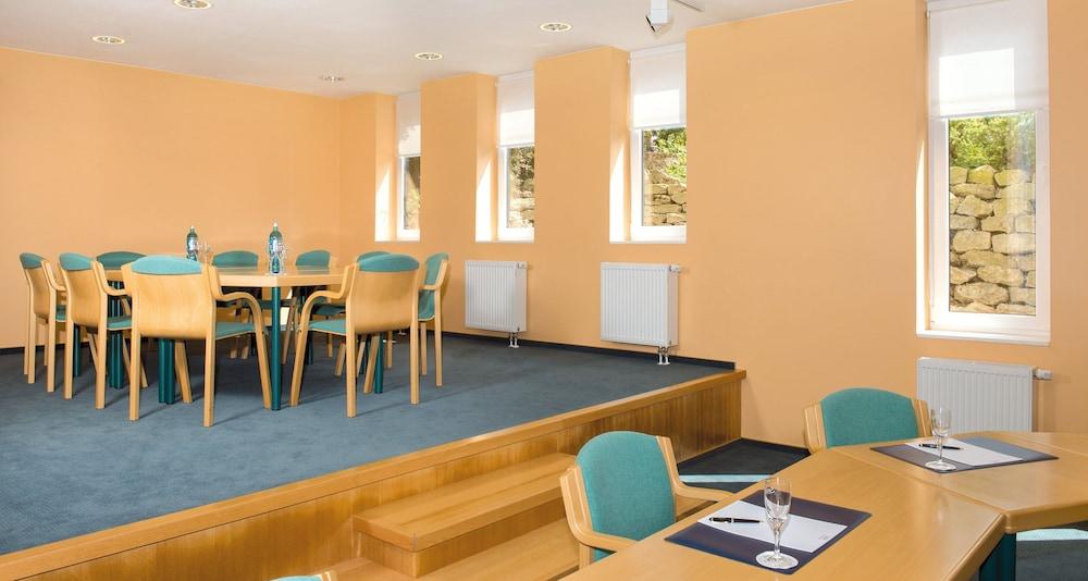 빅토르 제호텔 바인가르트너(Victor's Seehotel Weingärtner) Hotel Image 47 - Meeting Facility