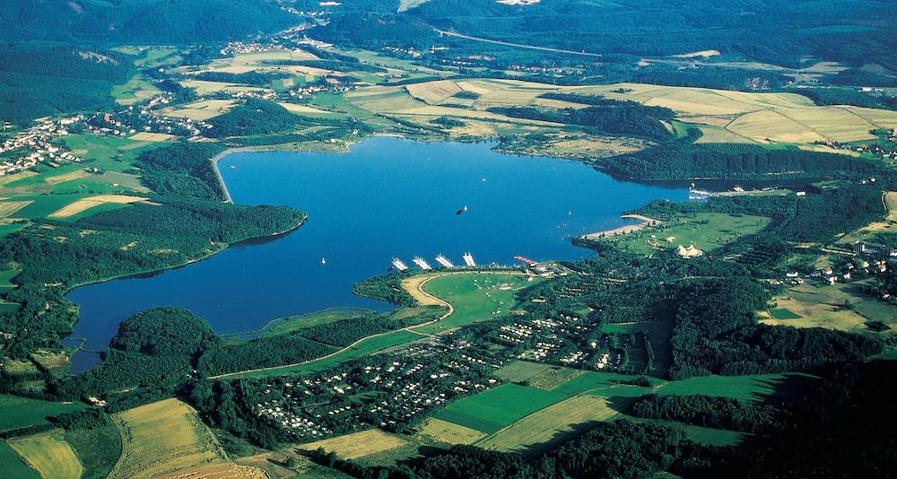 빅토르 제호텔 바인가르트너(Victor's Seehotel Weingärtner) Hotel Image 54 - Aerial View