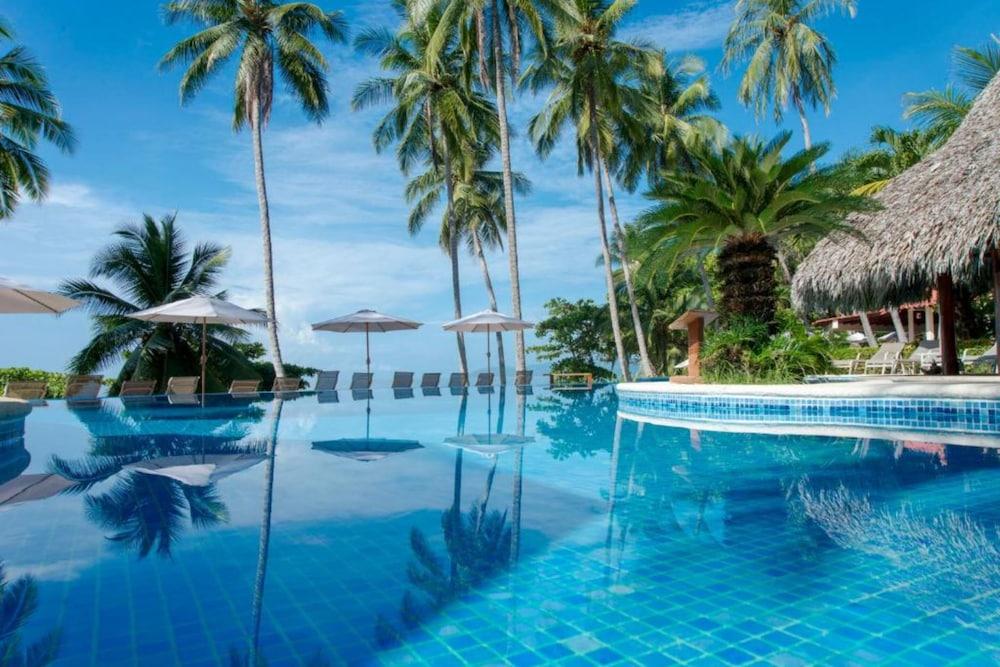 https://i.travelapi.com/hotels/1000000/910000/904000/903960/6b9acac1_z.jpg