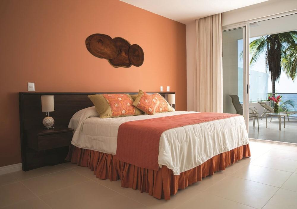 https://i.travelapi.com/hotels/1000000/910000/904000/903960/7cb2504c_z.jpg