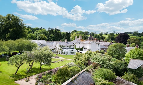 __{offers.Best_flights}__ Summer Lodge Country House Hotel