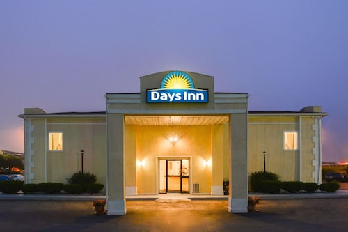 Days Inn by Wyndham Indianapolis East Post Road, Marion