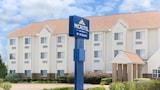 Microtel Inn & Suites by Wyndham Starkville