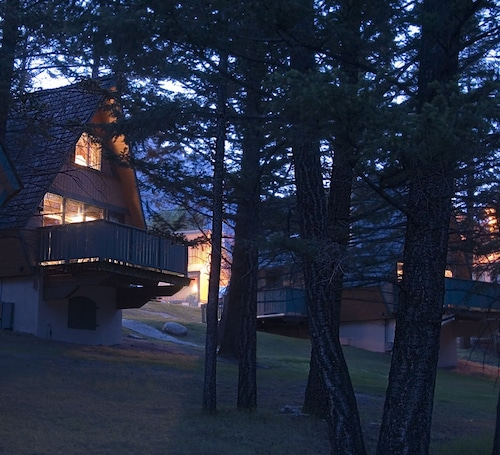Douglas Fir Resort and Chalets, Division No. 15