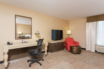 Deluxe Room, 2 Queen Beds, Accessible (Hearing Impaired)