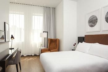 Deluxe Room, 1 Queen Bed