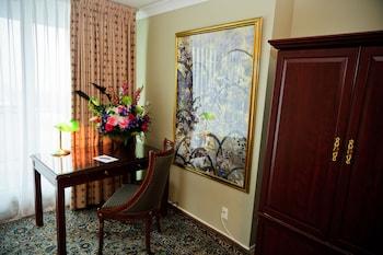 1 Bedroom Residence Suite