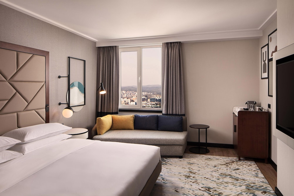 Sheraton Istanbul Levent, Featured Image