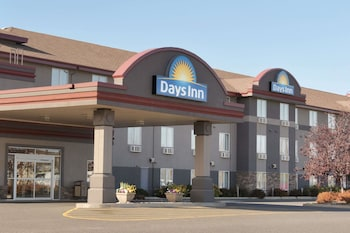 Hotel - Days Inn & Suites by Wyndham Thunder Bay