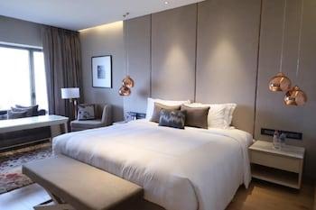 Serene Infinity Sea View Room King Bed