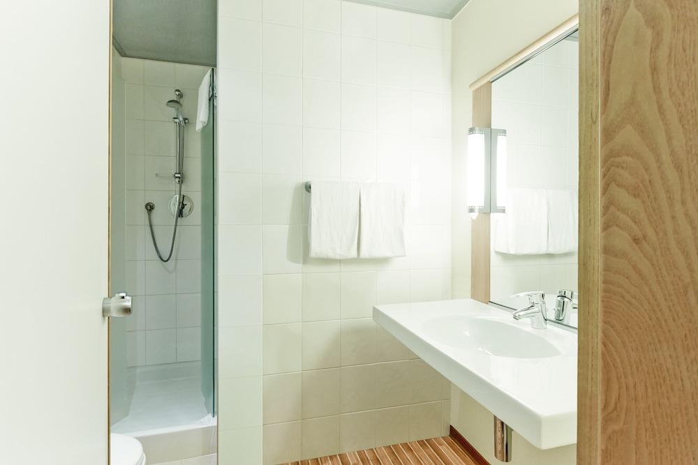 이비스 밀라노 센트로(ibis Milano Centro) Hotel Image 23 - Bathroom