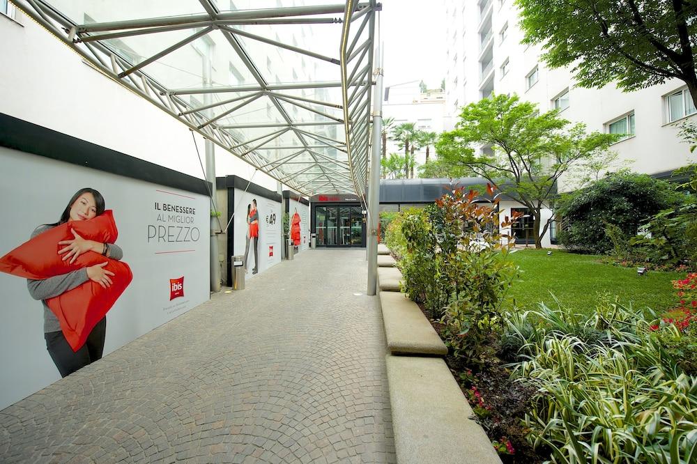 이비스 밀라노 센트로(ibis Milano Centro) Hotel Image 59 - Hotel Entrance