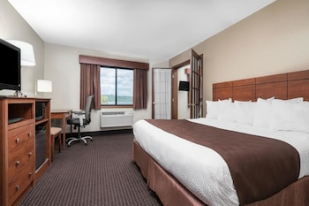 Suite, Multiple Beds, Non Smoking, Lake View (One-Bedroom Suite)