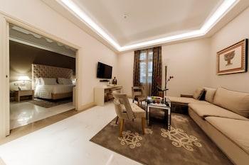 Suite (Costantino)